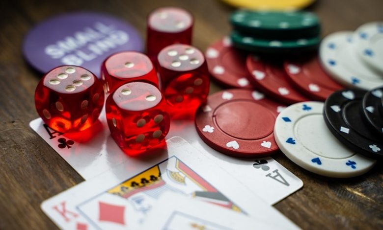 Photo of HOW DO DEPOSIT BONUSES WORK AT ONLINE CASINOS?